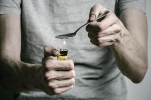 heroin_spoon